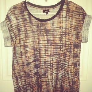 Women's tshirt blouse